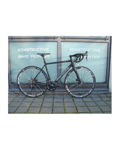 KONSTRUCTIVE Rhodolite DBV, medium, pure carbon mit Shimano Ultegra Disc, American Classic wheels, Syntace Komponenten